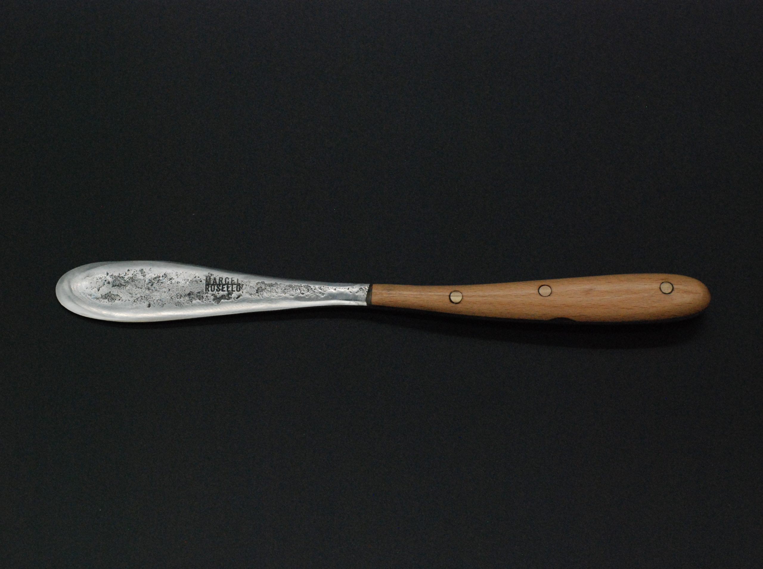 Butter knife beech wooden handle